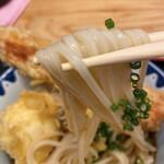 137108280 - もちもちした細麺!「冷や」は細麺ながらもエッジが効いていますヽ(´▽`)/