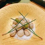 釜飯と和食 旬 - 塩煎り銀杏