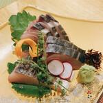 釜飯と和食 旬 - 鰆の炙り刺身