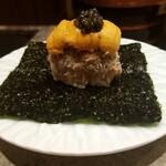 137120384 - 名物❗港区巻き ずわい蟹とかに味噌と北海道の紫ウニと鮨由うオリジナルブランドのキャビアのせ