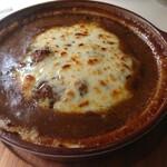 キッチン ぴーなっつ - カレーチーズハンバーグステーキ