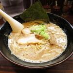 ラーメン長山 - 鶏豚骨味噌ラーメン 780円