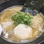 煮干しラーメン 麺匠 春晴 - 料理写真: