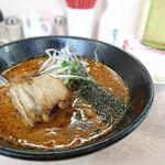 破天荒 - 扣肉担々麺