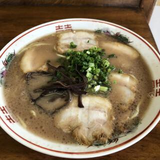田の久 - 料理写真:チャーシュー麺