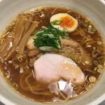 3104丁目 - 料理写真:醤油ラーメン 麺大盛 1.5位か