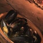 ピッツェリア&トラットリア アイドリック - ムール貝の白ワイン蒸し