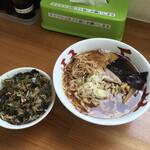 琴壱 - 料理写真:ラーメン小と海女さん飯