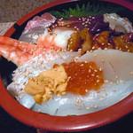 13715838 - 「海鮮丼」新鮮なネタ