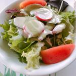 フィレンツェクラブ - サラダ ドレッシングがバジルクリーム系♡