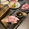 炭火焼ホルモン 濱蔵 - 料理写真:横浜牛っつ!上カルビっつ!サシがすんごい!