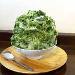 茶の西田園 - 料理写真:雪くま・濃厚抹茶あずきミルク(¥780)。抹茶の風味も、練乳のようなミルクも濃厚。これは美味しい!
