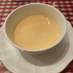 ビストロ パリ 17区 - にんじんのスープ