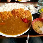 <民宿>しをみ食堂 - カツカレー900円
