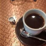 137184234 - ブレンドコーヒー 通常400円 食事とセットで300円
