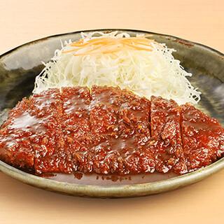 伝統の味と技を継承した、名古屋名物「みそかつ」をご堪能あれ。