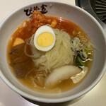 ぴょんぴょん舎 - 盛岡冷麺 激辛 850円