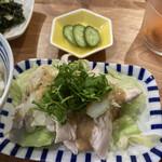 あいおい食堂 - 鶏むね肉とキャベツのサラダ仕立て