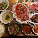 熟成焼肉 肉源 - 大盛り焼肉ランチ