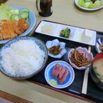 信栄食堂 - 料理写真: