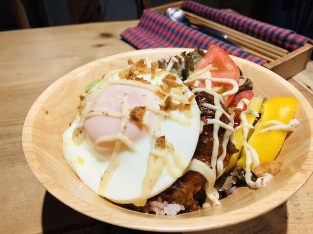 アン シャルム カフェの料理の写真