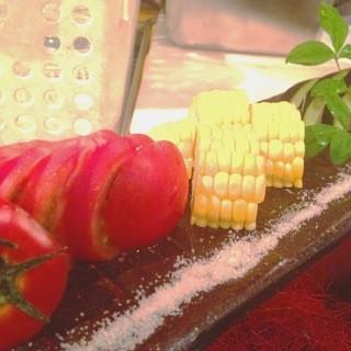 厳選農家から仕入れた採れたて野菜をお召し上がりください!