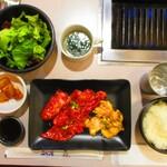 焼肉UMAMI - 【2020年9月24日】『上焼肉定食(カルビ/ホルモン/タン)』。