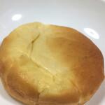 ハナカゴ - クリームパン