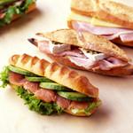 ラ ブティック ドゥ ジョエル・ロブション - サンドイッチ各種 ¥630~