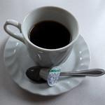甘 - セットのホットコーヒー。普通に美味しくいただきました。