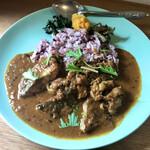 ほんま食堂 - 鯖と豚肉のカレー