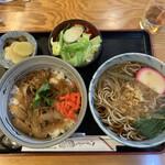 そば処 長岡屋 - 牛丼蕎麦セット900円