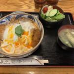 そば処 長岡屋 - かつ丼(並)900円