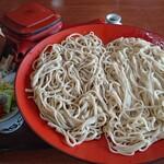 はらぺこ - 料理写真:二色そばB、石臼&更科そば1,030円