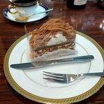 カフェカブトヤマ - ツマガリのモンブランとオリジナルブレンドコーヒー