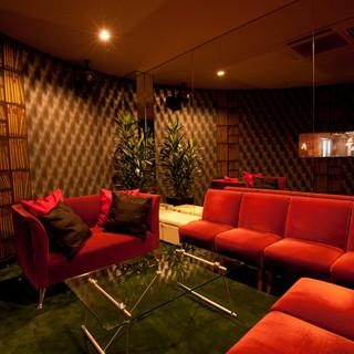 【渋谷合コン完全個室♪】VIPルームはソファー席の完全個室!