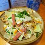 ちむどんどん - 料理写真:ふーちゃんぷるー(¥748)。沖縄産の車麩を出汁で炒め煮に、ポークの塩気がほど良いアクセント