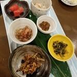 Minnanofuresshu - ご飯のお供6種盛 680円