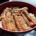 小柴のどんぶりや - 料理写真:煮穴子丼