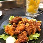 達磨 - 鶏モモの唐揚げ