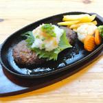 アヤズキッチン - 網焼きハンバーグ和風おろしソース(150g) 750円〜