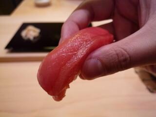 鮨 まつ本 - ☆中トロはしっとりで上品なお味でしたぁ☆