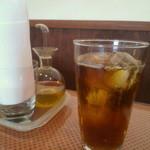 13730387 - セットのドリンク(アイスウーロン茶)
