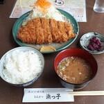 浜っ子 - 料理写真:ロースカツ定食(200g)1430円