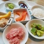 ガーデンレストラン オールデイ ダイニング - 手巻き寿司の具。他にも数種類ありました。