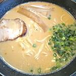楓花亭 - とんこつ醤油ラーメン
