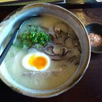 13732512 - 北海道とり塩白湯麺(900円)。