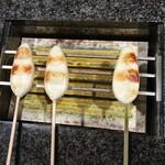 阿部蒲鉾店 - こんがり焼き上がります
