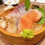 koshitsuizakayakaisenrobatayakikuukai - 旬魚のお造り3種盛り