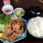 あたりや - チキン唐揚げ定食大盛り:780円+100円